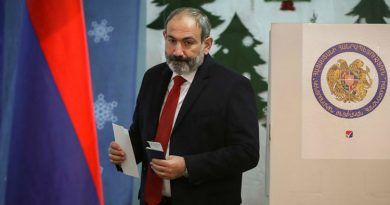 Prime Minister Nikol Pashinyan resignation demand by Armenians
