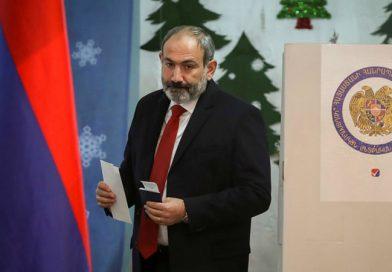 Prime Minister Nikol Pashinyan resignation demand by Armenians