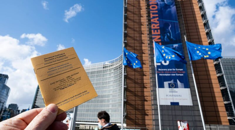 EU proposes vaccination certification to prop up the tourism industry